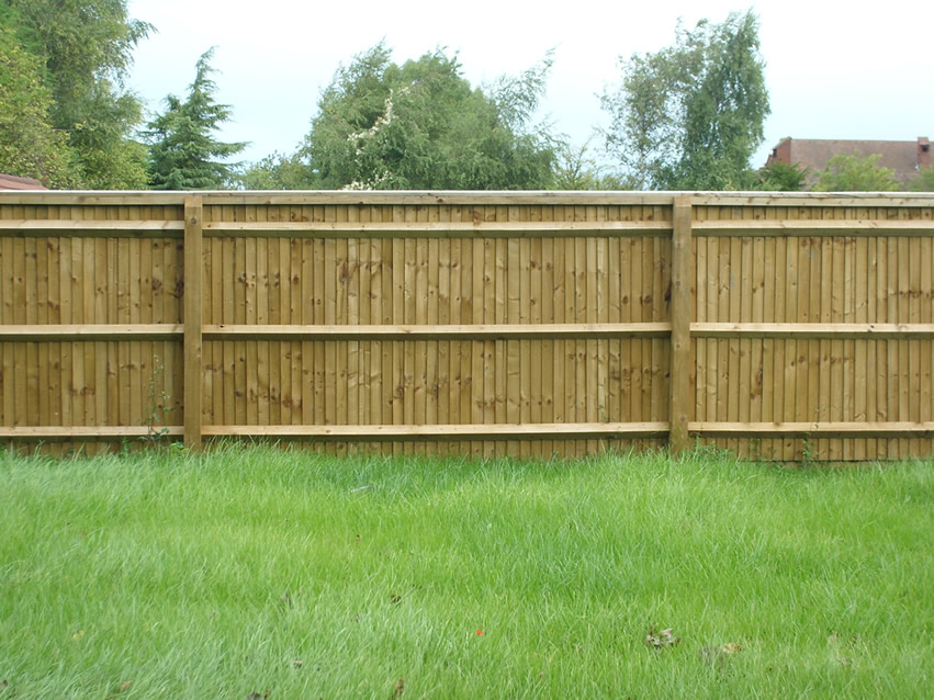 Green Fingers - Closeboard Fencing